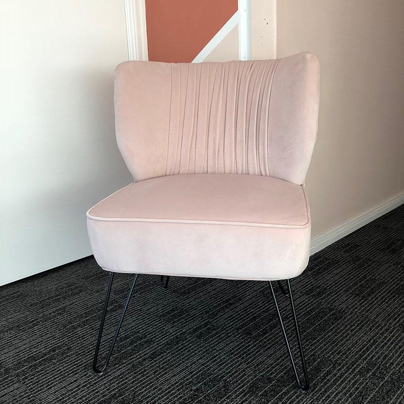 Mia Velvet Chair – Blush